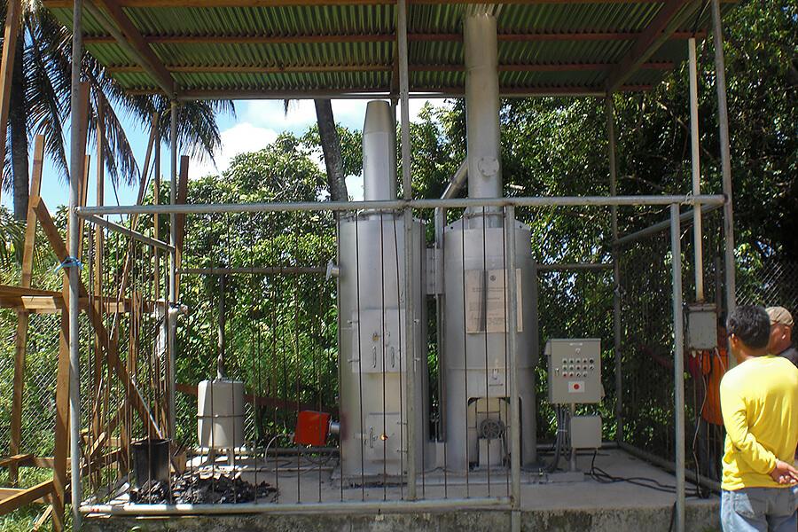 画像:医療廃棄物焼却装置 納入実績